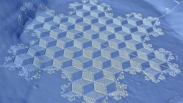 Click here to read Snow Art: Much Cooler Than Crop Circles
