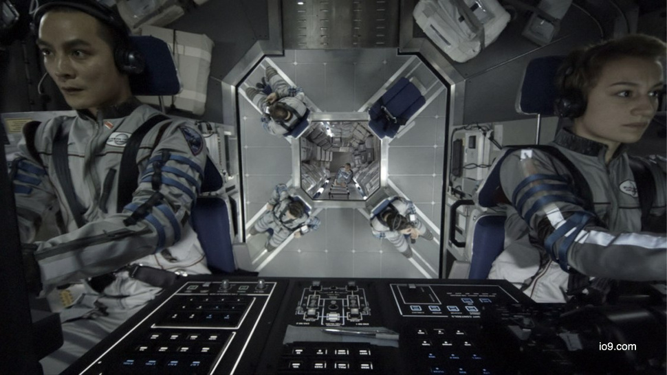 Cockpit photo from <em>The Europa Report</em> channels Kubrick's <em>Space Odyssey</em>