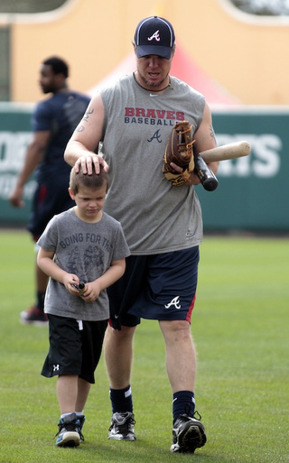 Counterpoint: Chipper Jones Is Not Fat [UPDATE]