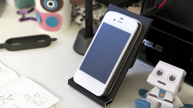 Click here to read Make Your Own Phone Stand with the Box Your Phone Came In and Makedo Pins