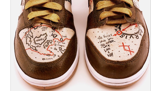 Uncharted-Themed Shoes Can Guide You in Drake's Steps