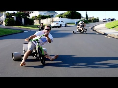 Click here to read Trike Drifting Is the Best Thing to Ever Happen on Three Wheels