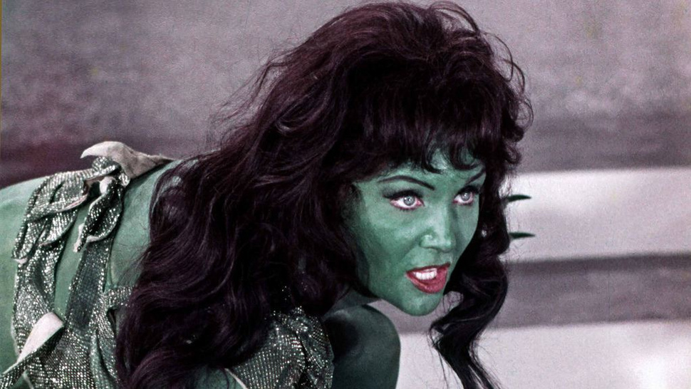Rare <em>Star Trek</em> photos show green Orion slavegirls like you've never seen them