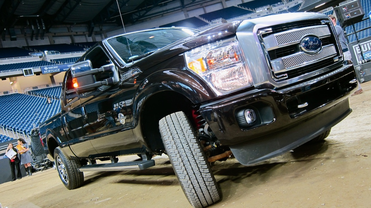 Click here to read 2013 Ford F-Series Super Duty: Touch The Platinum