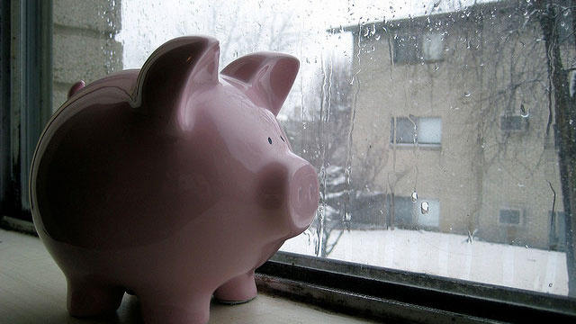Where to Stash Your Emergency Fund for The Best Rates and Security