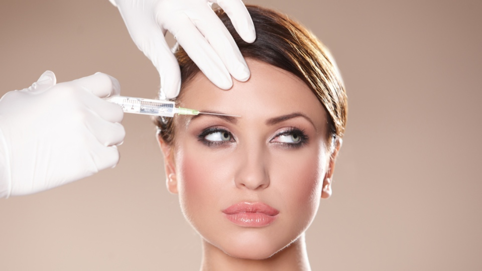 More Young Women Are Using Botox 'Preemptively' Young women are injecting ...