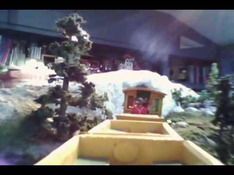 original Take a Ride On This Model Railroad Version Of an Old Disneyland Attraction [Video]