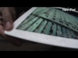 Click here to read What Happens When You Drop the New iPad on the Ground? (SPOILER ALERT: IT BREAKS.)