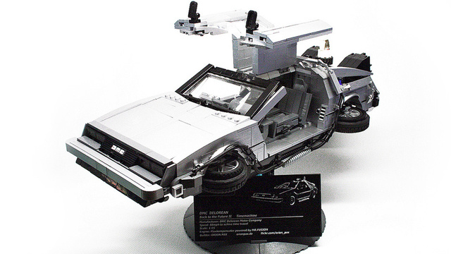 This Magnificent Lego BTTF DeLorean Deserves Its Own Scale Museum