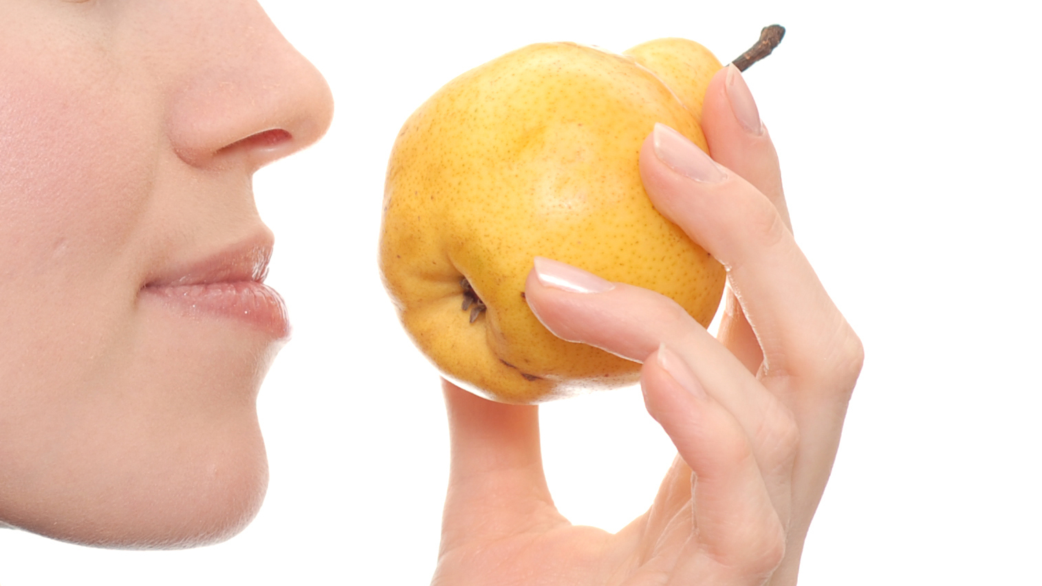 Click here to read The Stronger Food Smells, the Less You Eat
