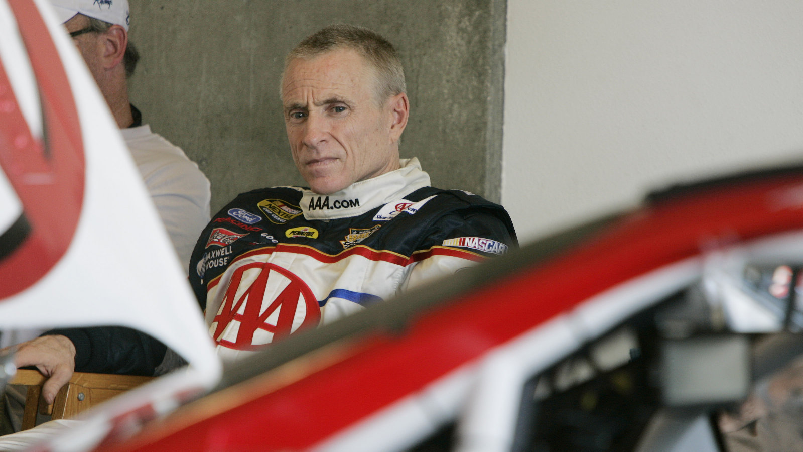 Click here to read NASCAR's Mark Martin to Race Under the Name of the Guy That Stole His Twitter Account