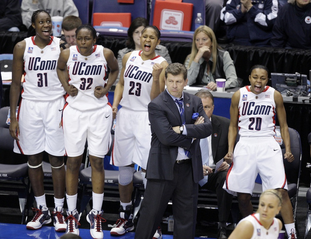 Geno Auriemma, Mr. Women's Basketball
