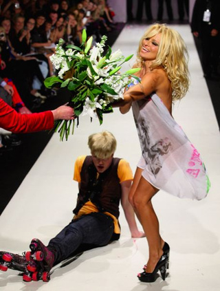 Lindsay Lohan, Christian Lacroix, And Every Celebrity Clothing Line Known To Man: Fashion Failures And Successes Of 2009