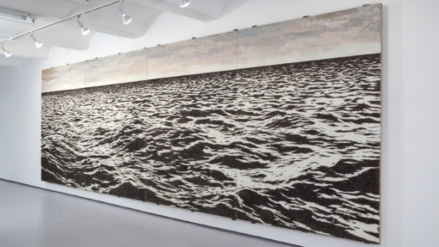 Click here to read You Will Not Believe What This Huge Mural Is Actually Made of