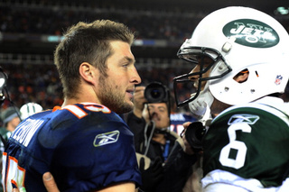Hey, A Jets Quarterback Controversy! Who Would've Thought?