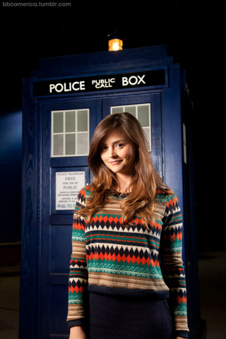 First Official Picture of Doctor Who's New Companion
