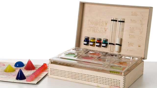 A Chemistry Set That Turns Jello Creations Into Music
