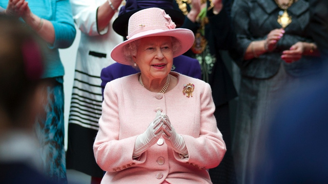 Queen Elizabeth Is the Wiliest Wedding Crasher Ever