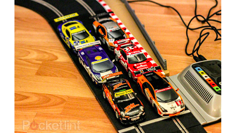 Click here to read Impossible Slot Car Track Lets You Race More Than Two Cars At Once
