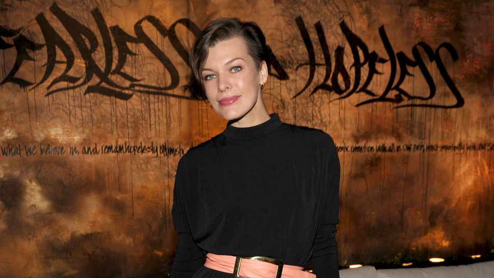 Milla Jovovich's New Hairstyle is Video Game Inspired, But Not the Game You're Thinking