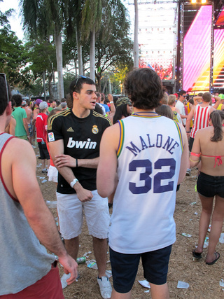 Tripping Basketballs: Hoopsters Are Alive And Well At The Ultra Music Festival