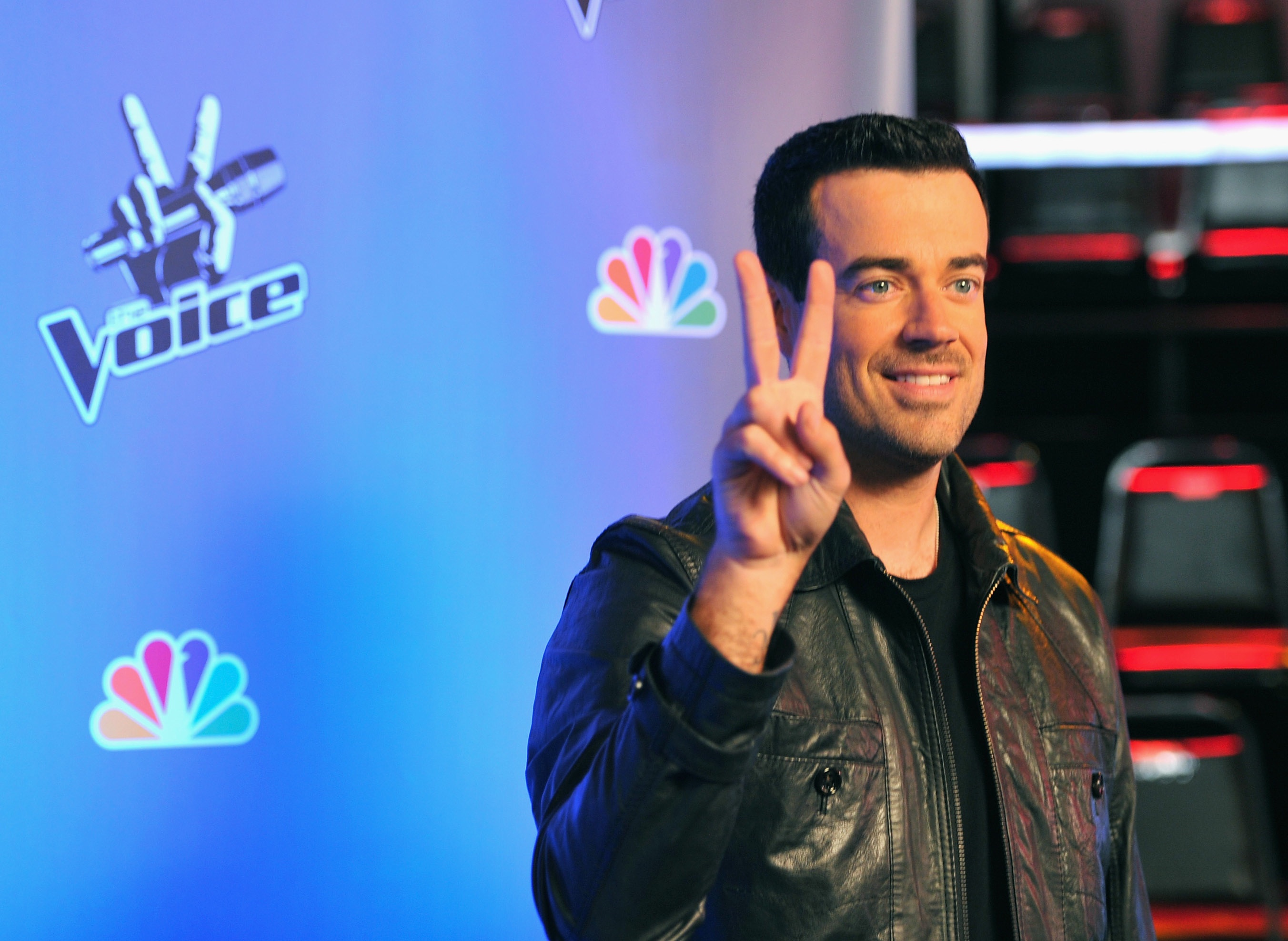 Click here to read Carson Daly Clinging to the Spotlight with Strange Gay Jokes