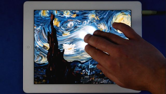 Click here to read The Stunningly Beautiful Touchscreen Version of Van Gogh's Starry Night Is Now an iPad App