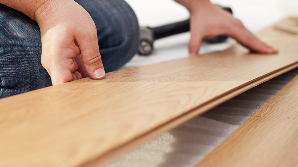 How to install wood flooring cheaply gizmodo australia for Laminate floor panels