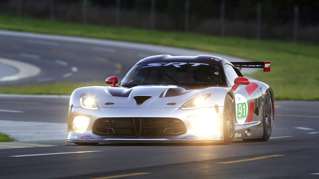 2013 SRT Viper GTS-R: Photo Gallery