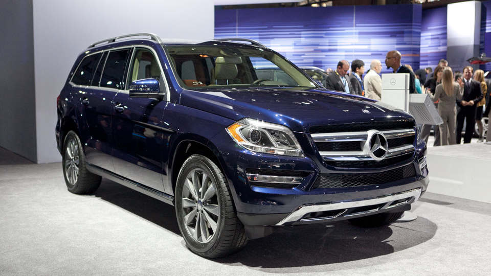 Click here to read 2013 Mercedes GL: As Big As A German Castle