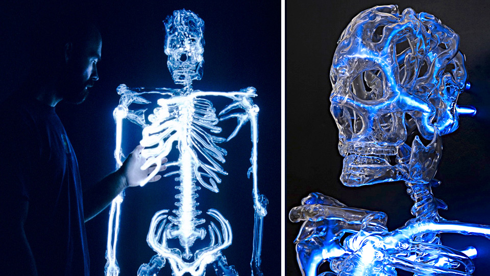 Click here to read Ghostly Neon Skeleton Is a Macabre Addition To Your Man Cave