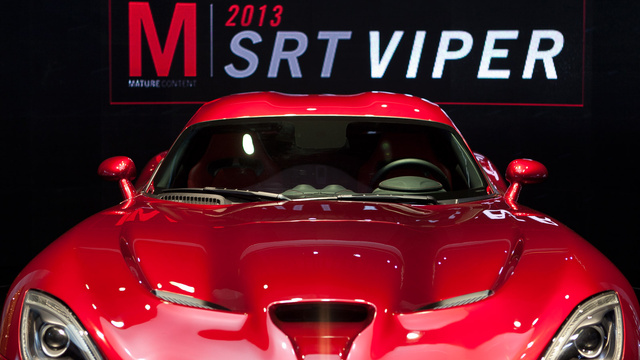 2013 SRT Viper: Car Porn Photos