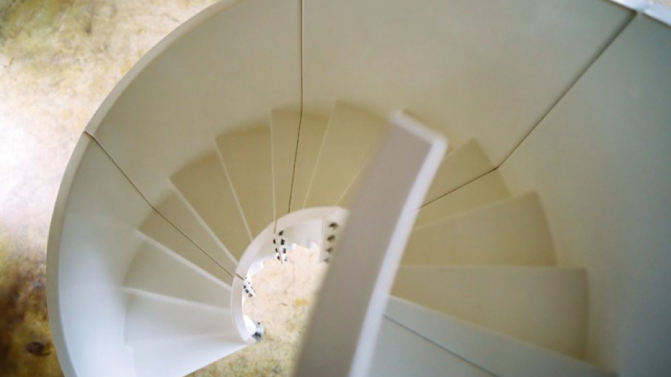 Click here to read The Gorgeous Spiral Staircase You Can Put Literally Anywhere