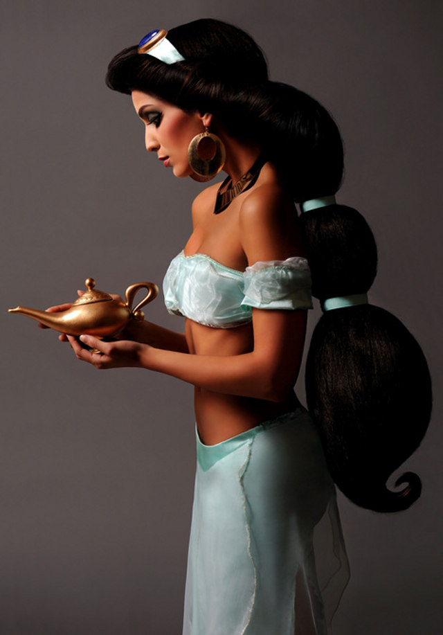 These real-life Disney princess photos are so spot-on, it's eerie