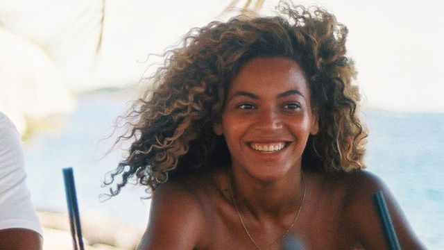 Beyonce Joins the Internet, the Internet Flips Out