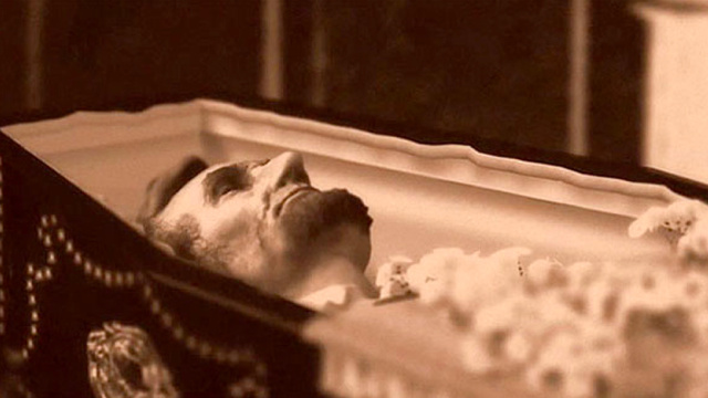 The Adventures of Abraham Lincoln's Corpse