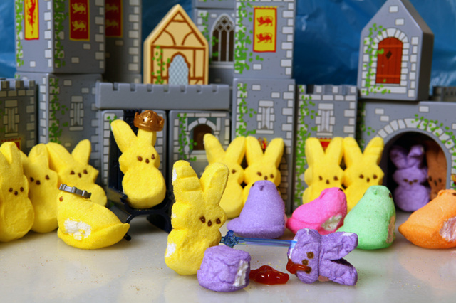 Sugary Game of Thrones dioramas sing a song of Peeps and Fire