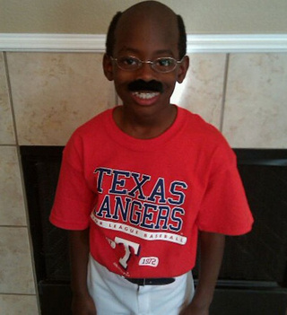 Please Don't Give This Tiny Ron Washington Cocaine For Halloween