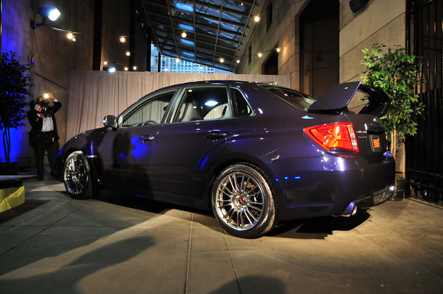 2011 Subaru WRX STI Sedan: Gallery