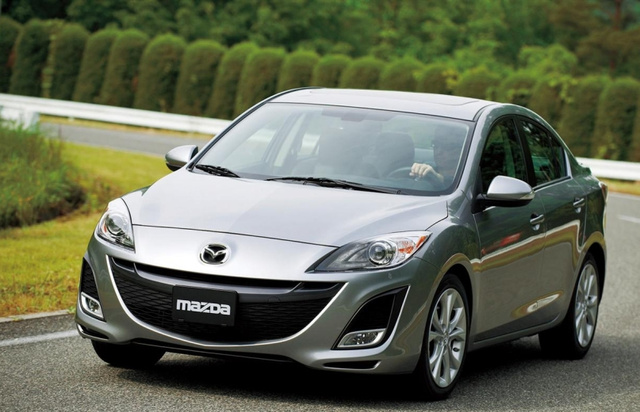 2010 Mazda3 Sedan Shows Off New Design, Peppy Engine