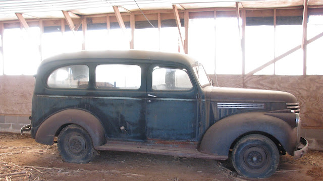 Click here to read 1947 Chevrolet Suburban Is A Legitimate Barn Find