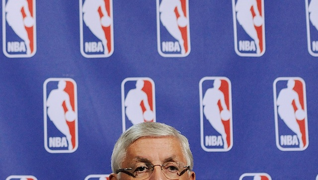 Five Bullshit Things About David Stern's Bullshit Veto Of The Chris Paul Trade