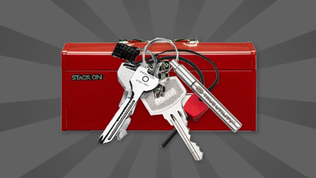 Click here to read Turn Your Keychain into a Pocketable Toolbox