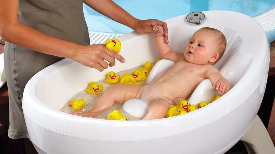 baby jacuzzi is a great way to relax after a long day of napping gizmodo australia. Black Bedroom Furniture Sets. Home Design Ideas