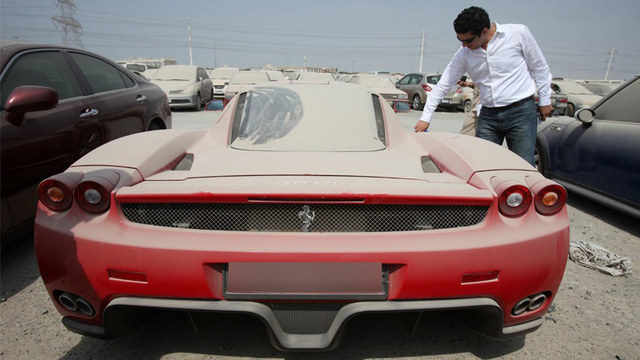 Police To Auction $1.6 Million Ferrari Enzo Abandoned In Dubai