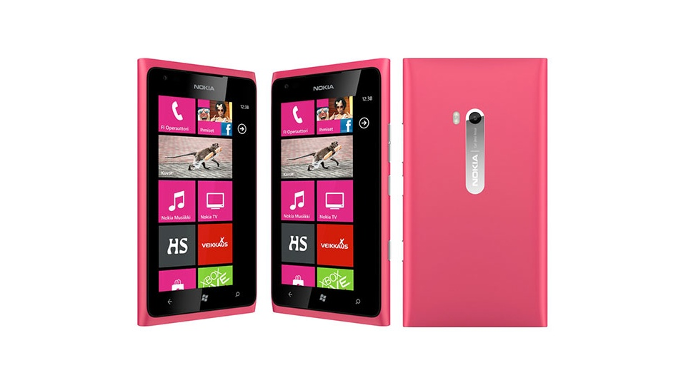 Click here to read The Lumia 900 Is Getting Even Crazier Looking!