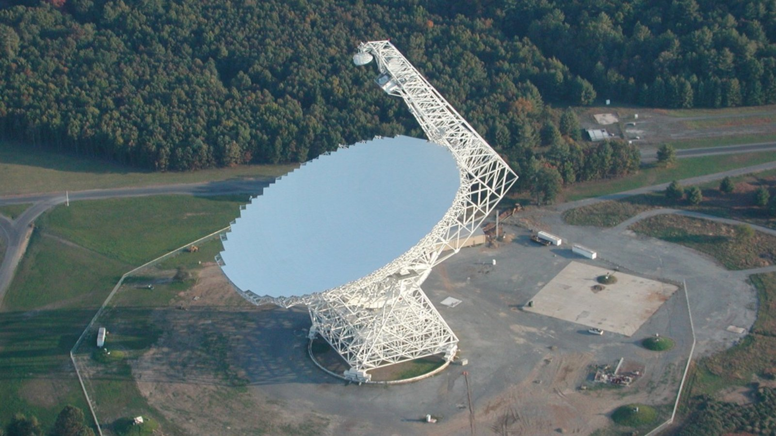 Click here to read This Two-Acre Telescope Powers Science's Search for Dark Energy