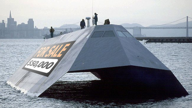 Click here to read You Can Buy This $195 Million US Navy Stealth Ship for Just $100,000