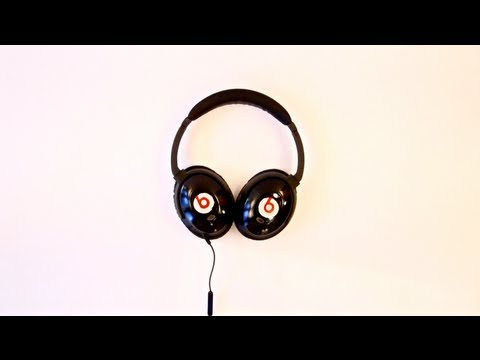 Click here to read How to Make Your Own Beats By Dre Headphones (Except They'll Actually Sound Good)