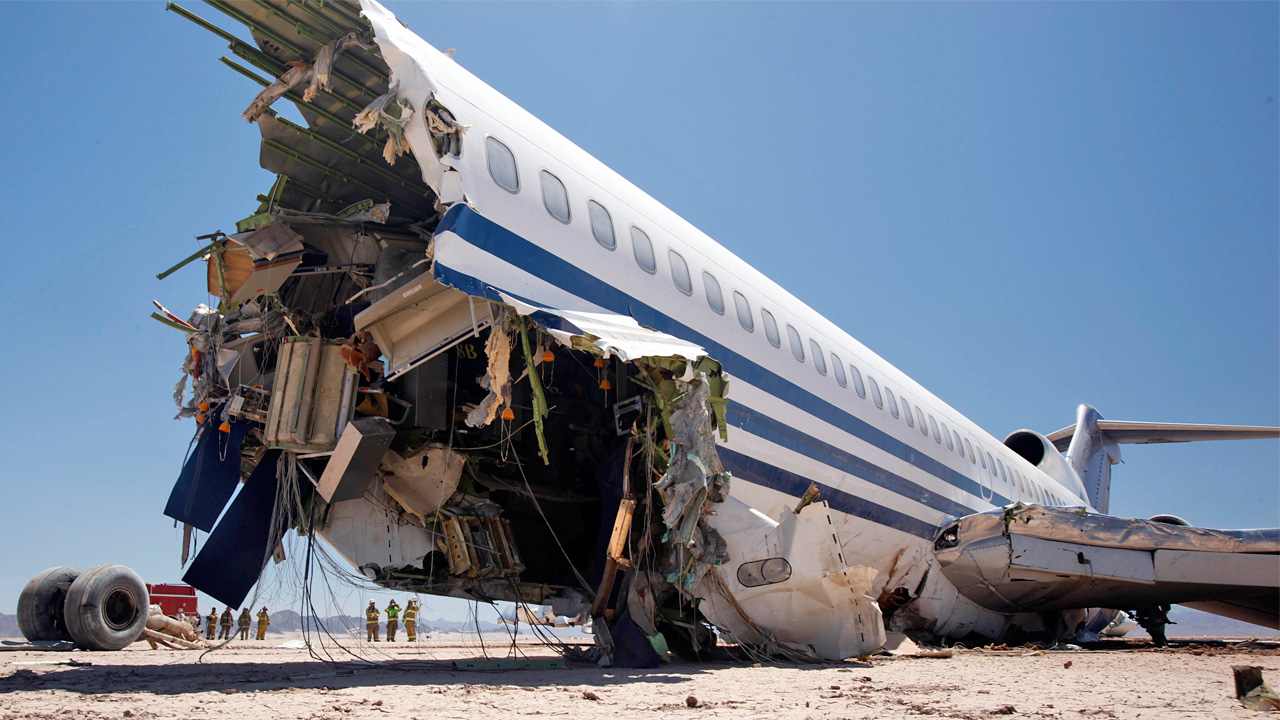 This 727 Was Deliberately Crashed In The Desert For A TV Show